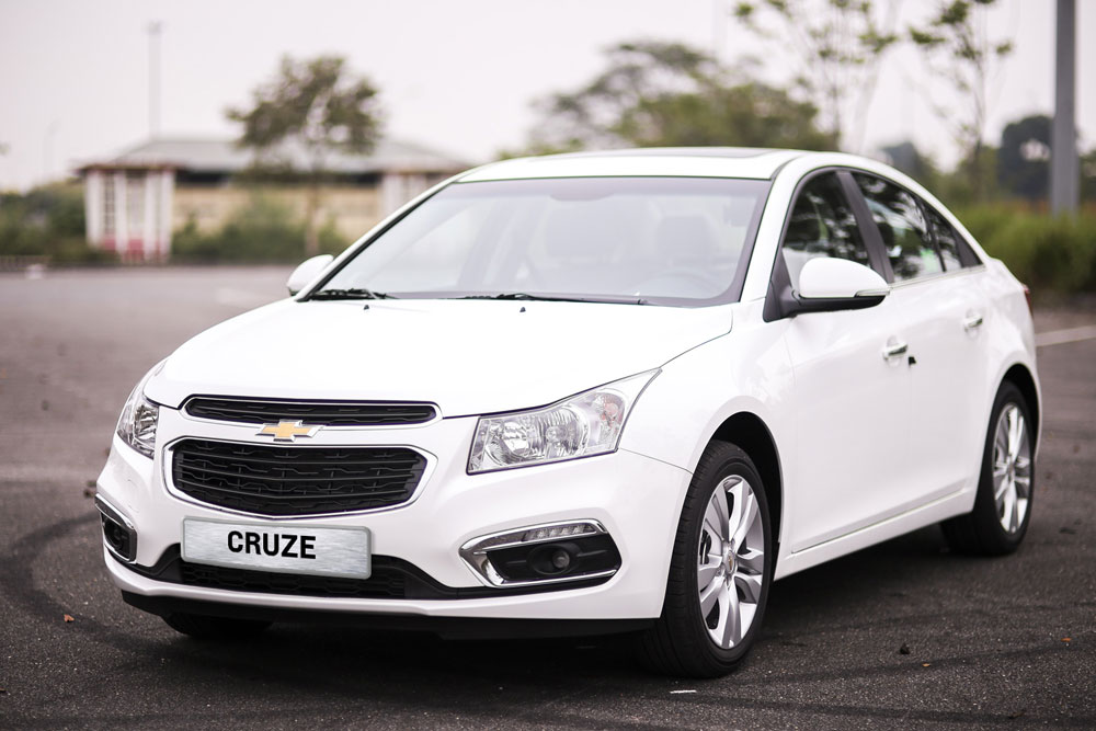 chevrolet-cruze-2017-giu-ki-luc-o-to-it-hao-xang-nhat-01.jpg